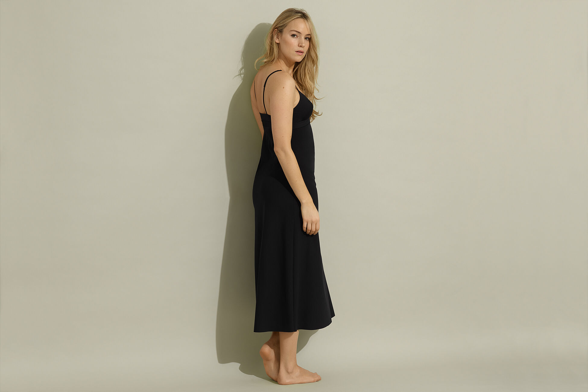 Silhouette longue Fond de robe vue standard �
