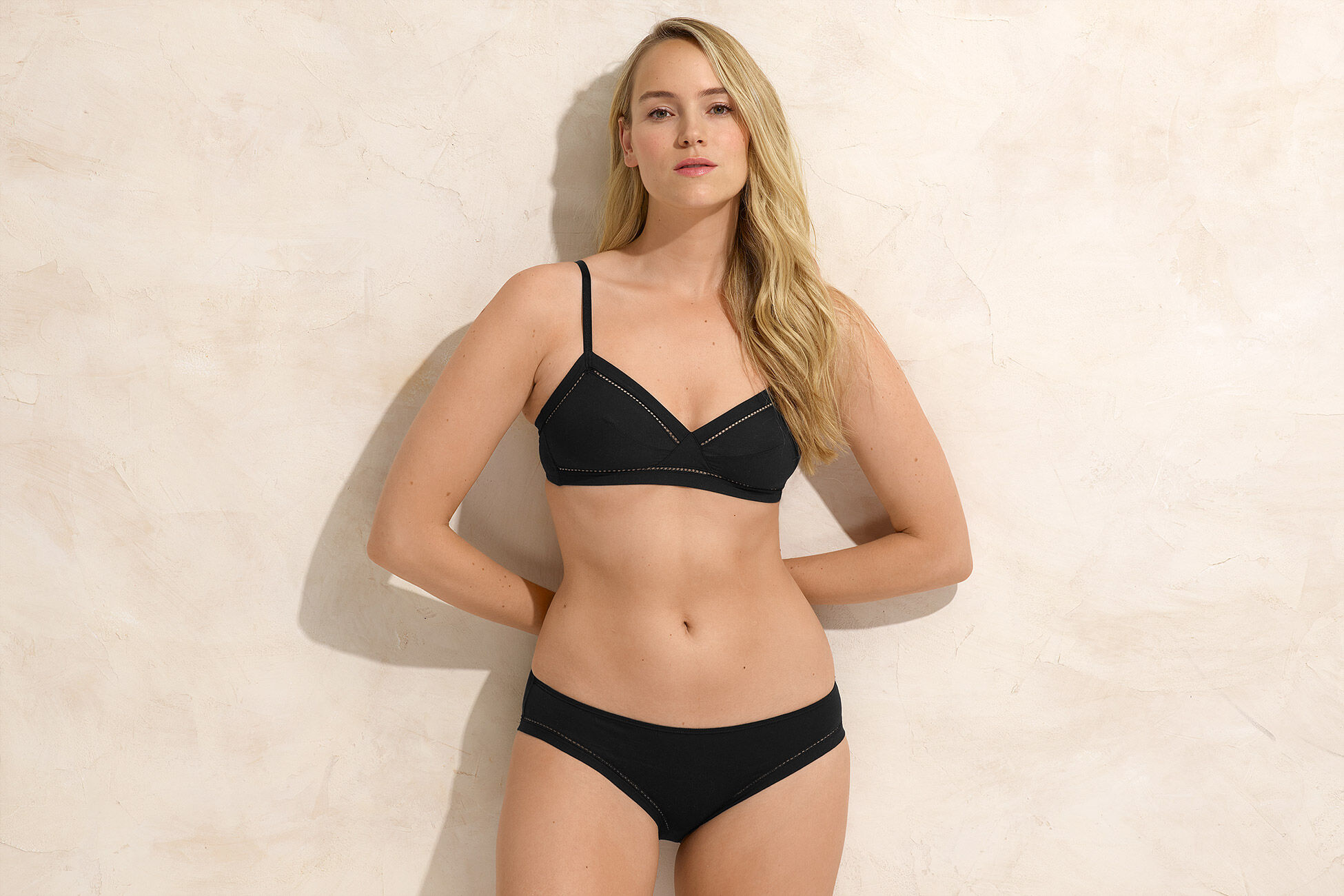 Parfois Thin brief standard view �