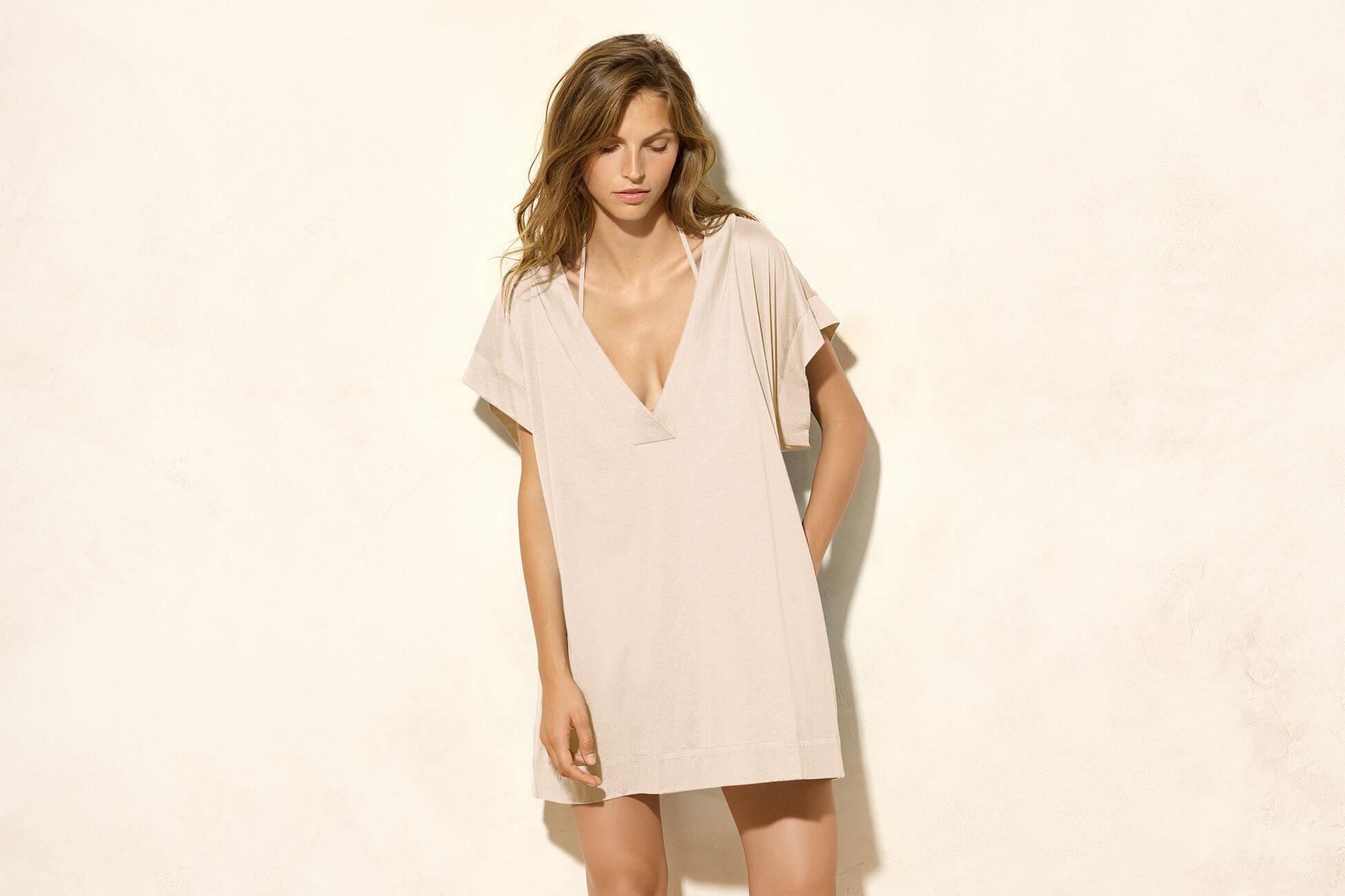 Renée T-shirt standard view �