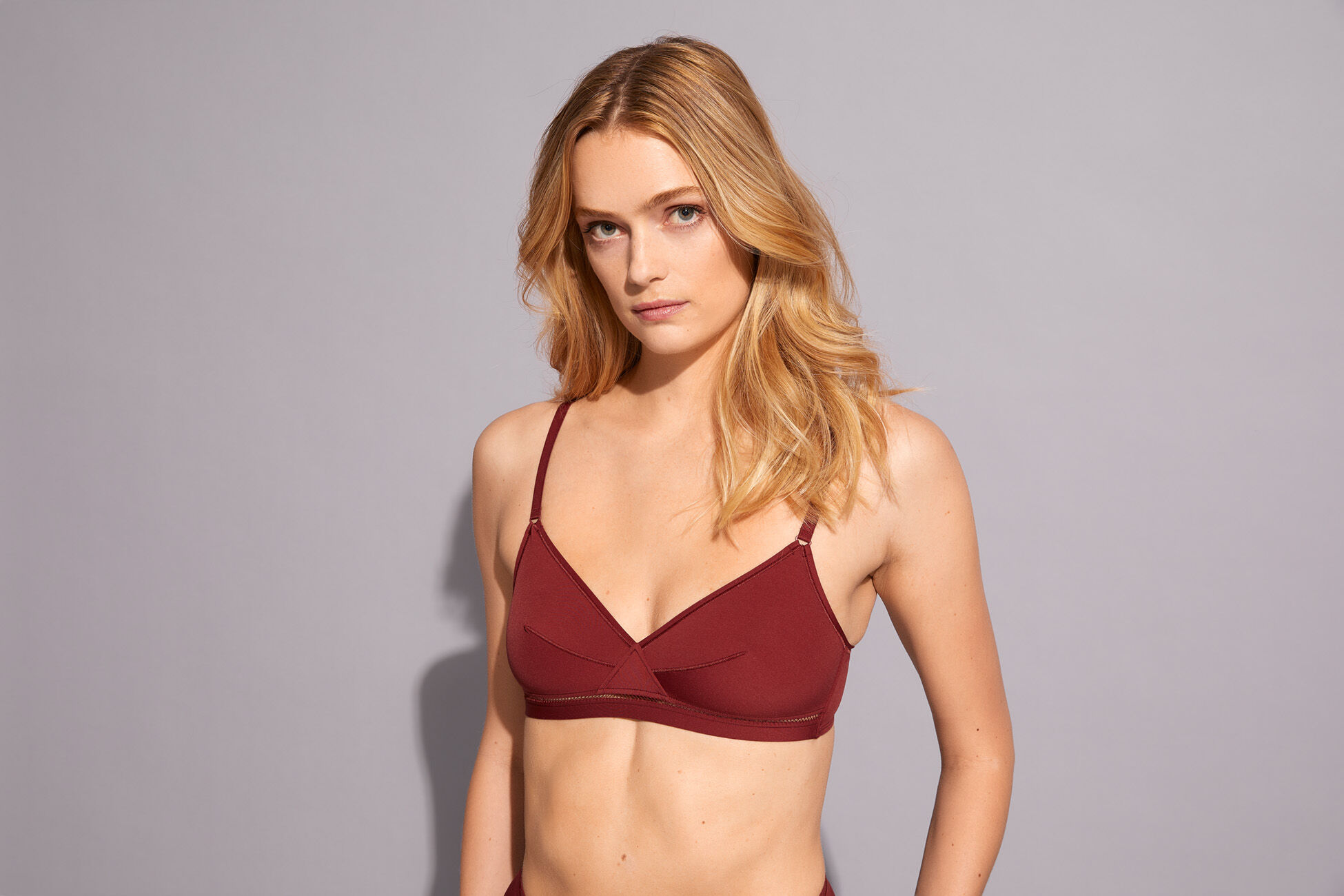 Lydia Triangle bra standard view �