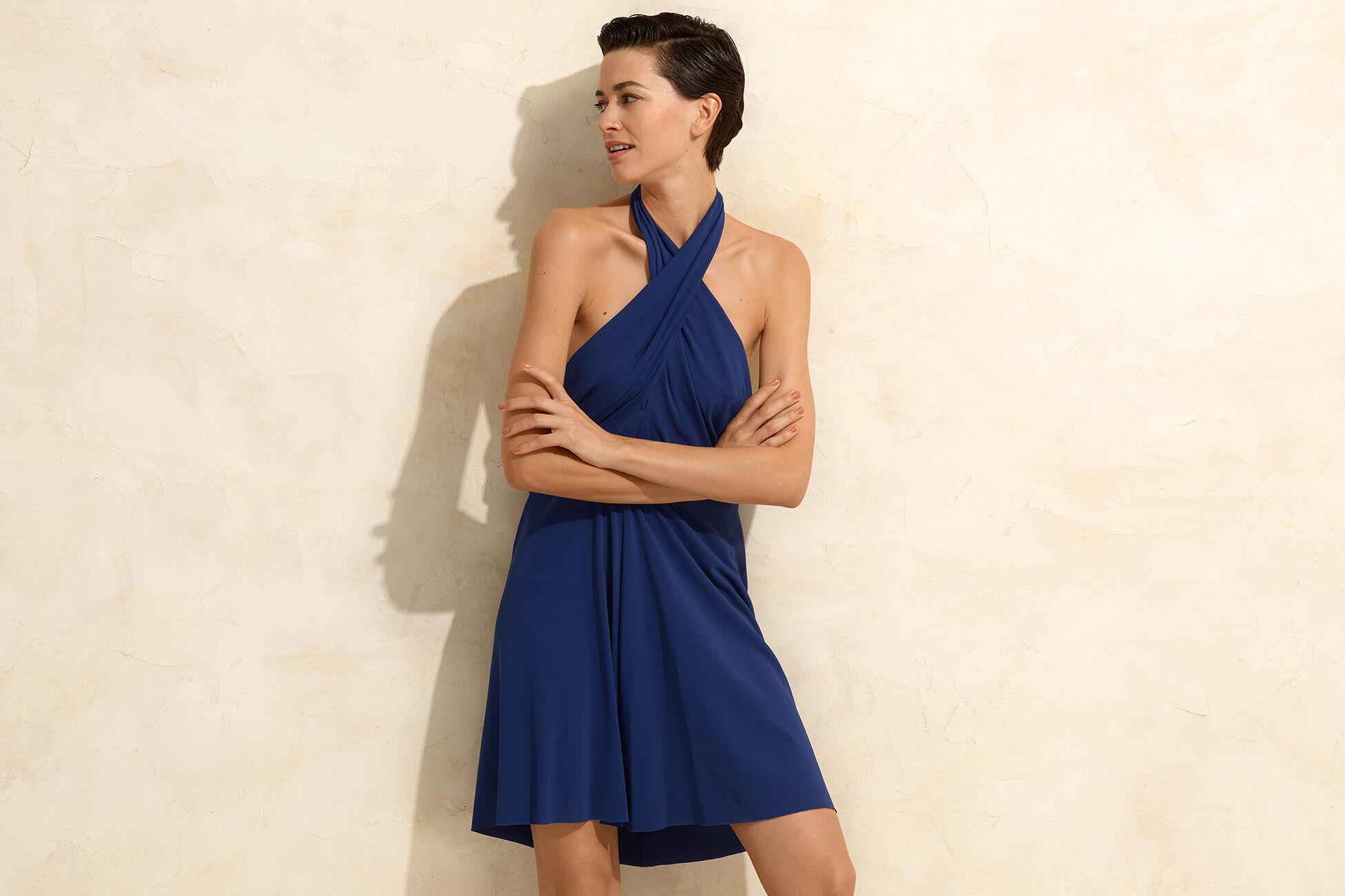 Mimi Vestido corto Vista estándar NaN