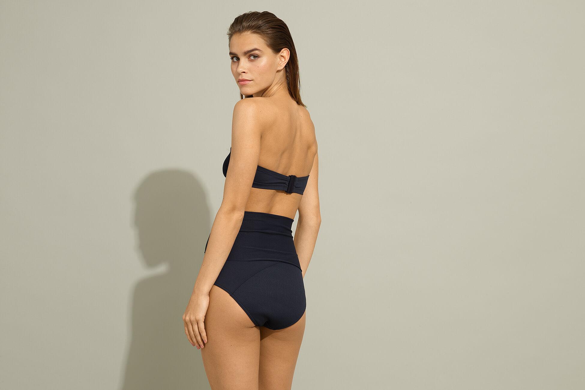 Horizon High-waisted bikini briefs standard view �