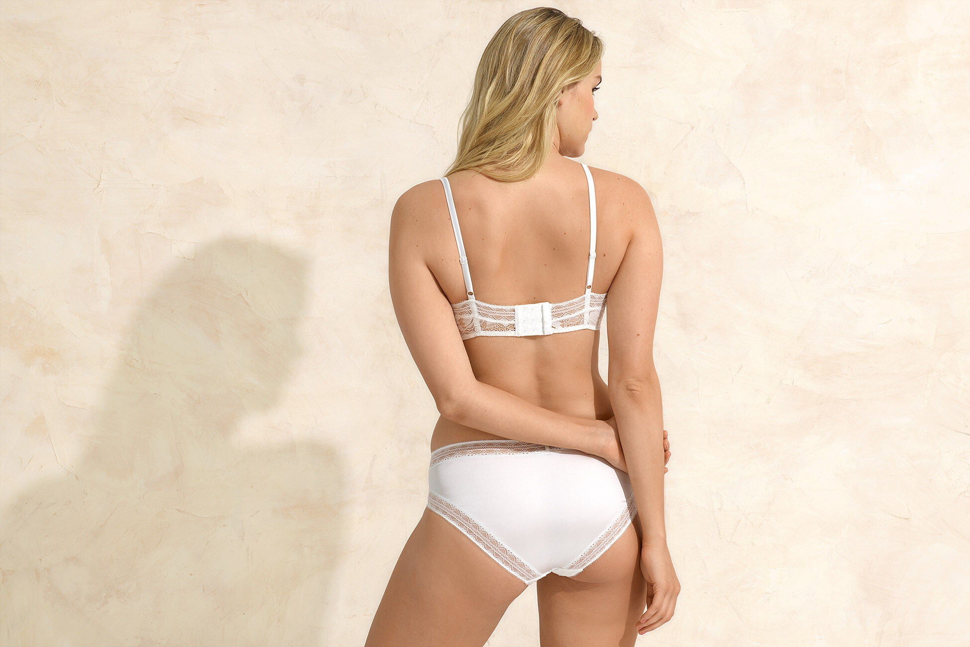 Tresse Slip bikini vue standard �