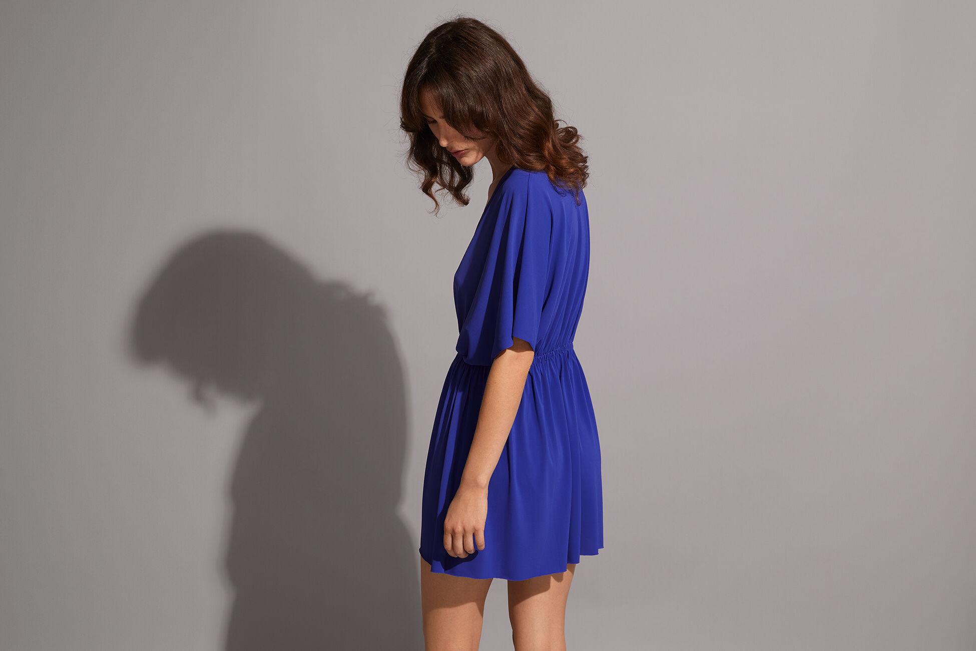 Sybel Vestido corto Vista estándar NaN