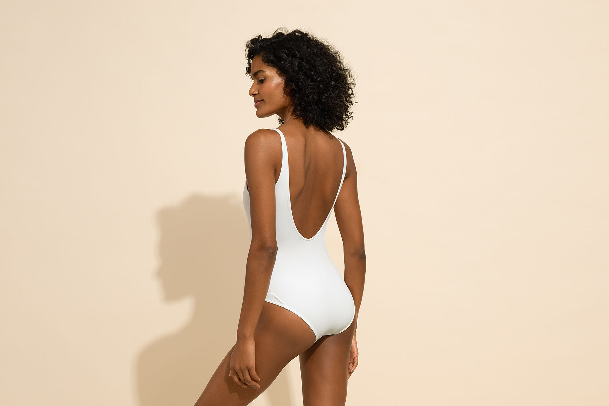 Profil Tank one-piece standard view �