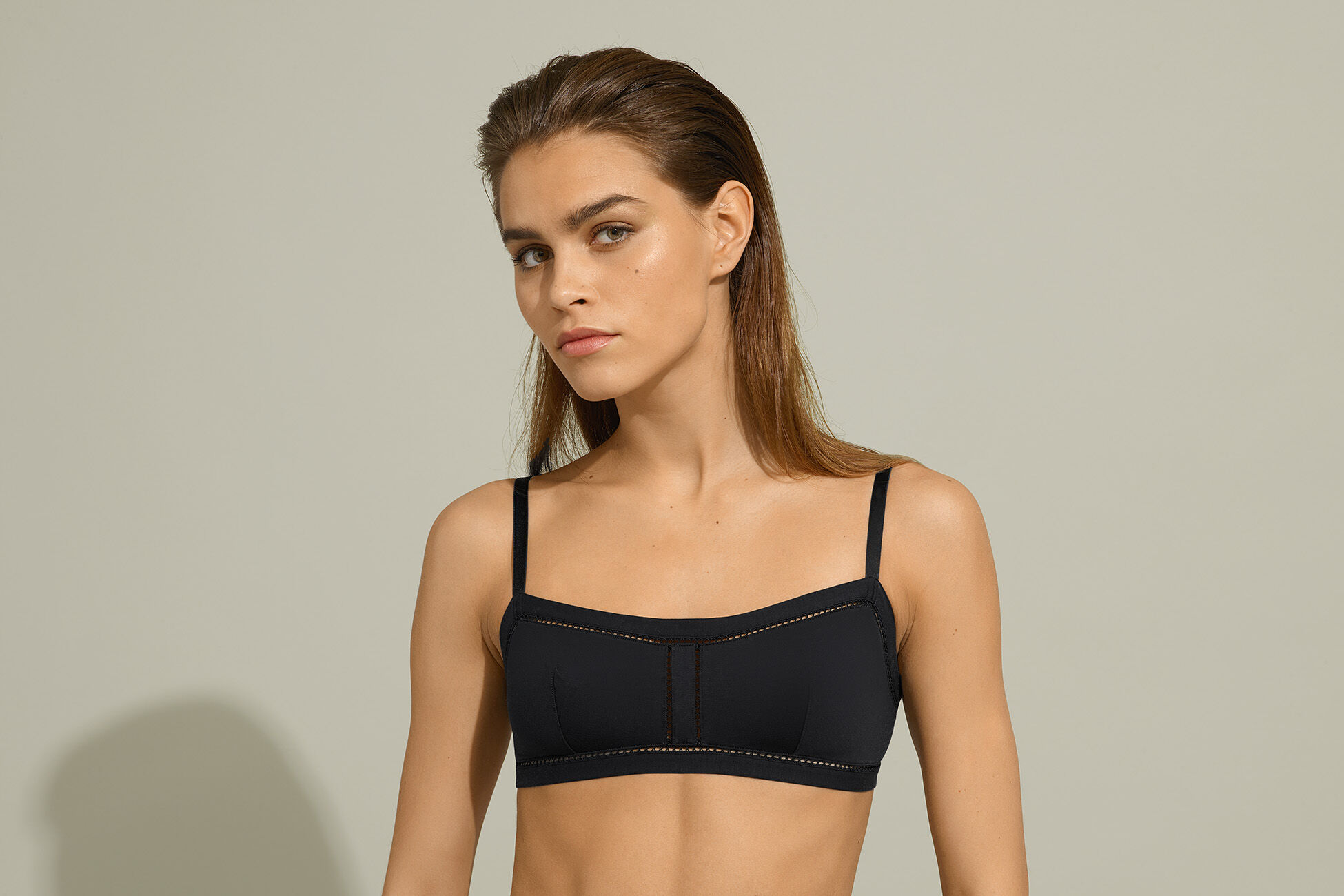 Pourquoi Crop top bra standard view �