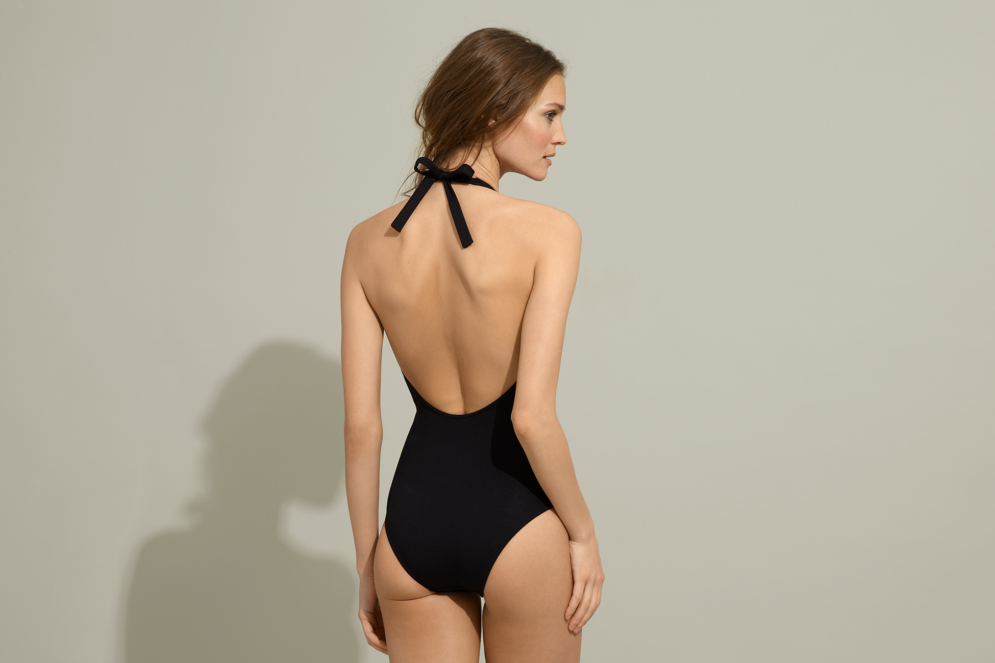 Cachette Sophisticated one-piece standard view 3