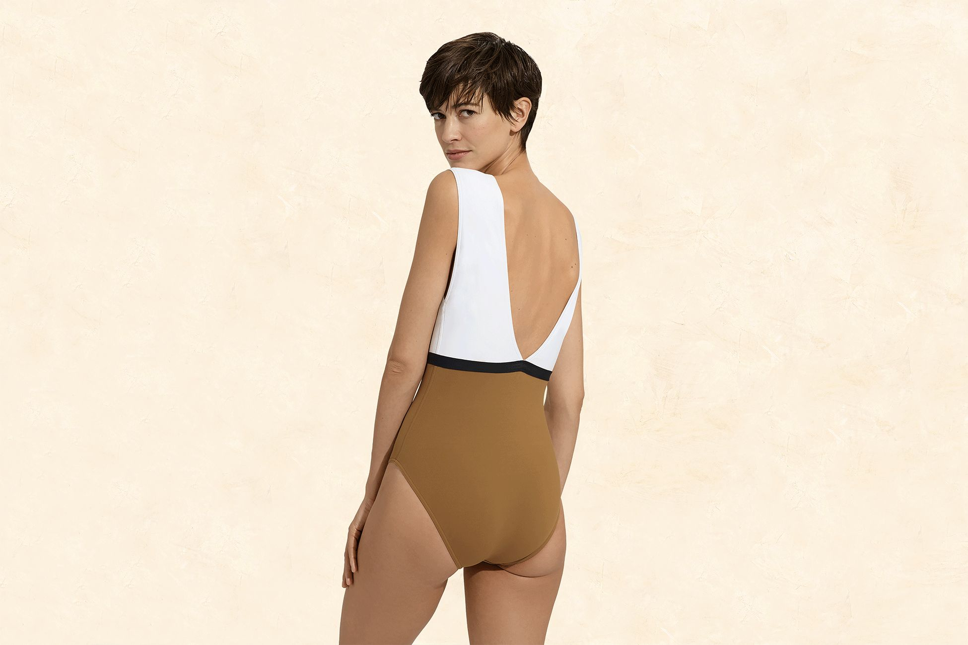Ambera Panama Sophisticated one-piece standard view 2