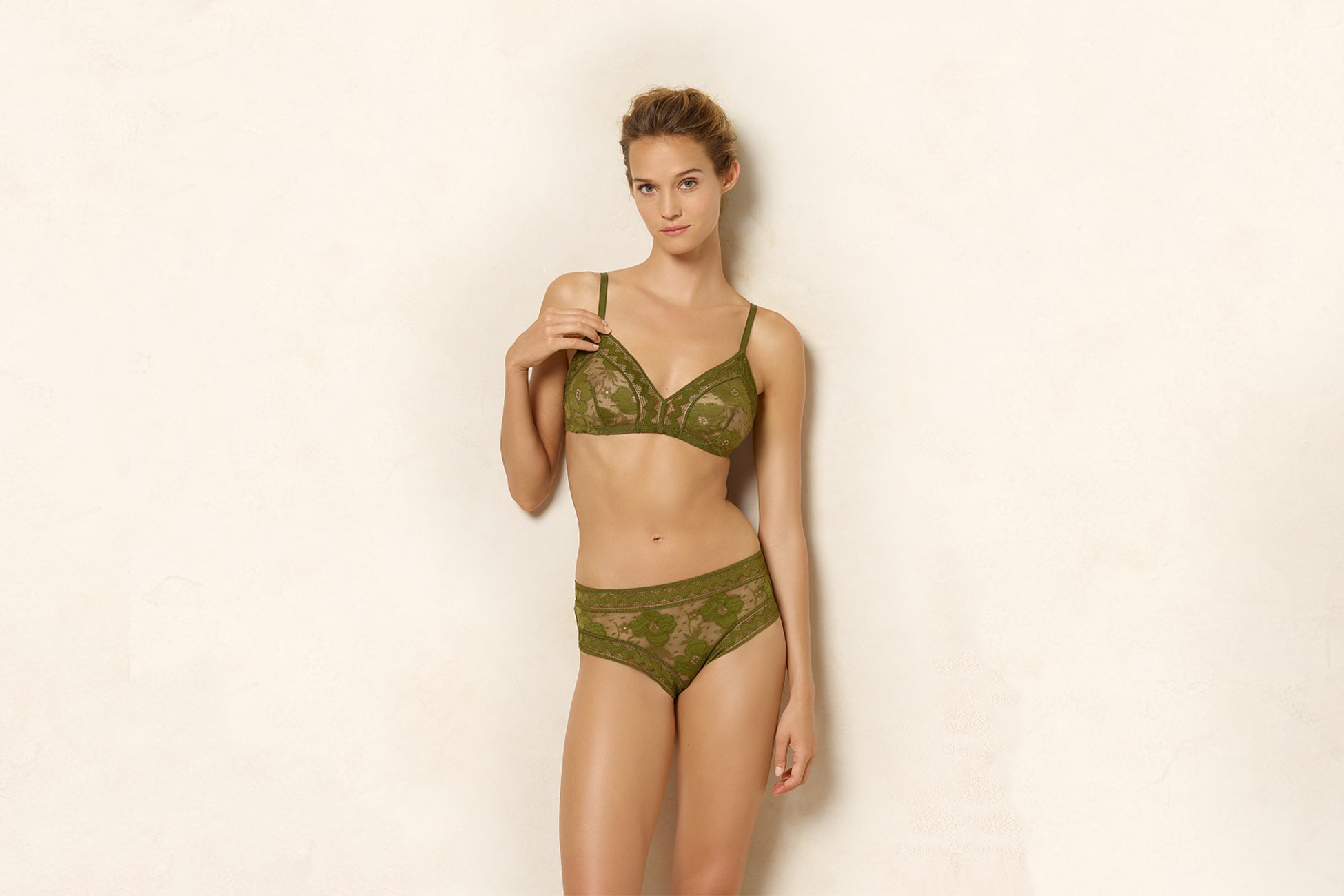 Rosier Triangle bra standard view 2