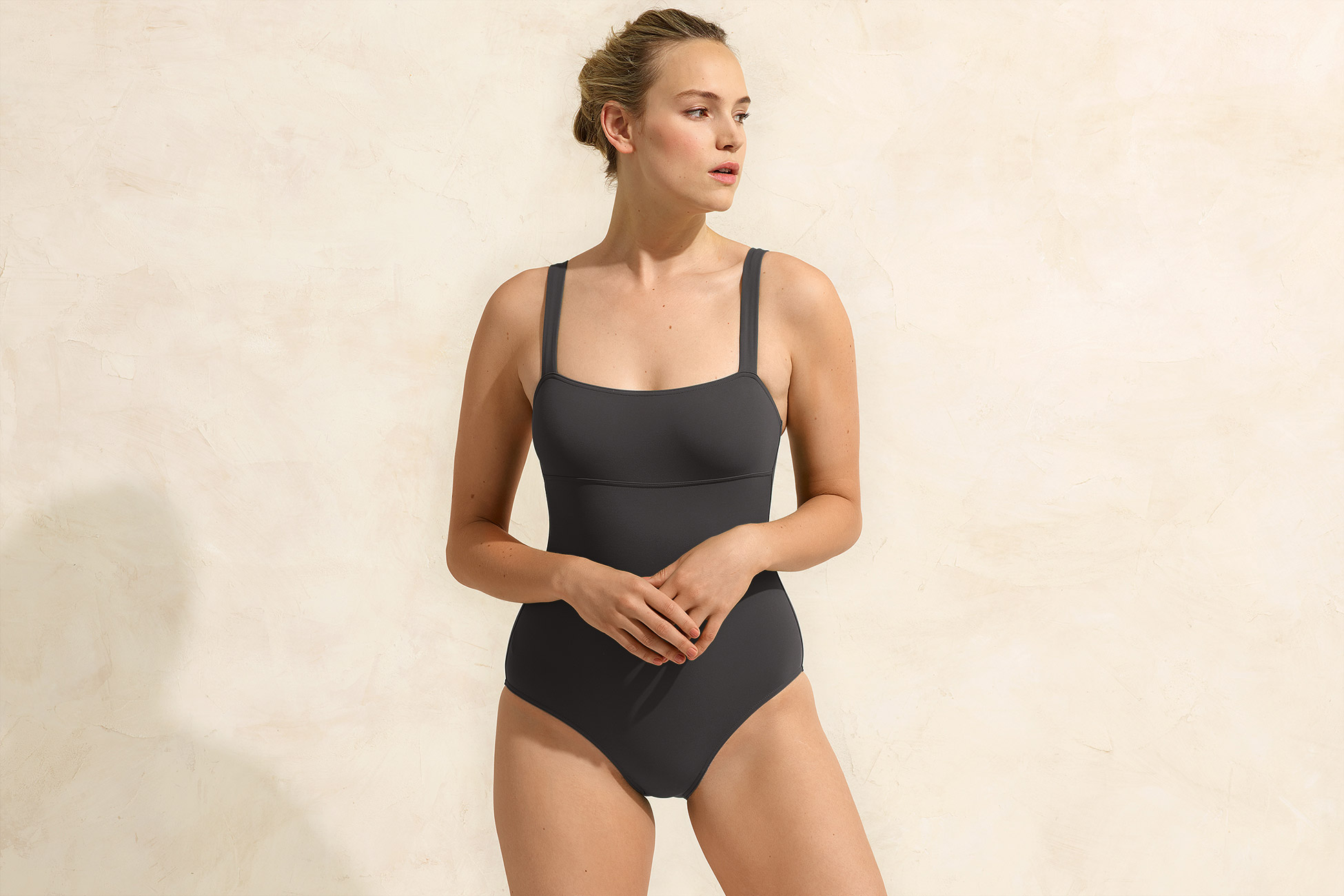Alibi Tank one-piece standard view 1